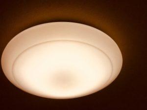 一般的なシーリング照明